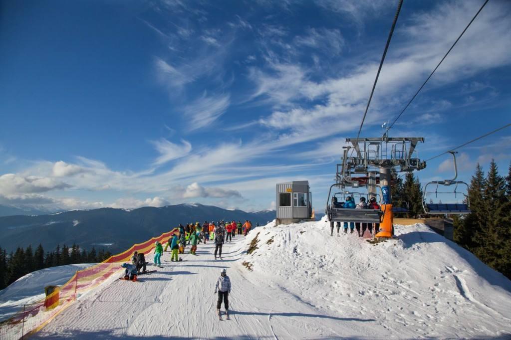 Где отдохнуть зимой в Карпатах?